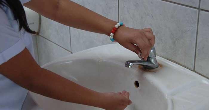 Suspenden clases para escuelas afectadas por desabastecimiento de agua