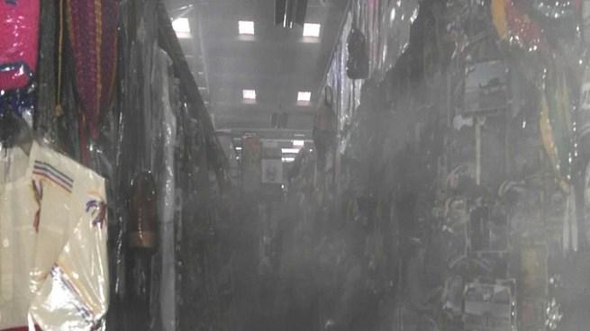 Vendedores, vigilantes y usuarios sofocaron incendio en mercado Excuartel