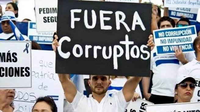 Estados Unidos reprueba a El Salvador en su lucha contra la corrupción