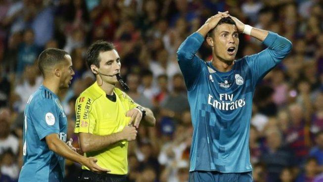 Cristiano Ronaldo suspendido 5 partidos tras la roja y el empujón al árbitro
