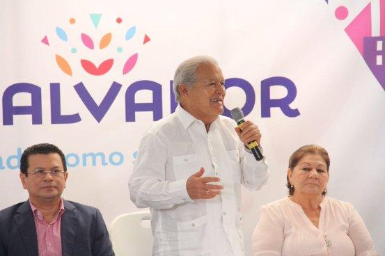 """Presidente Sánchez Cerén presenta proyecciones del programa """"Marca País"""""""