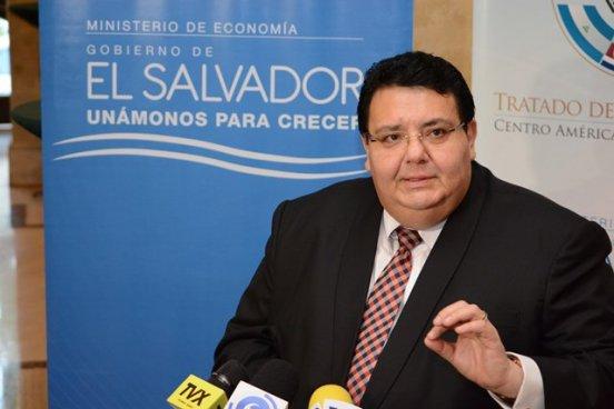 Ministro de economía pide a la Fiscalía investigar la destrucción de varios documentos del MINEC