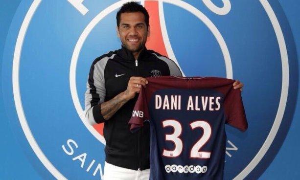 Dani Alves ya tiene nuevo equipo