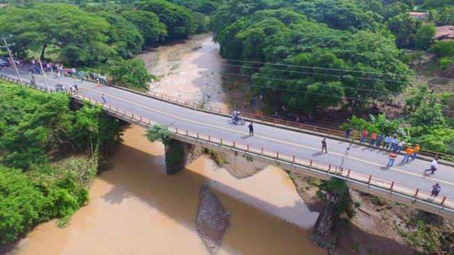 MOP anuncia la demolición del puente Motochico y su nueva construcción