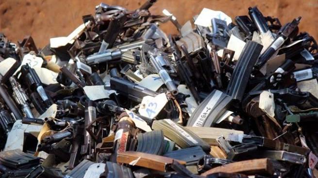 Más de 1,000 armas de fuego y artículos similares serán destruidas por la Fuerza Armada