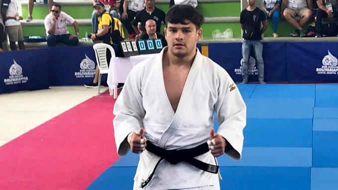 Diego Turcios medalla de oro en Juegos Bolivarianos