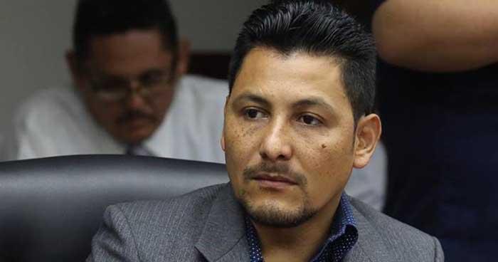 Diputado independiente asegura que ARENA amerita ser cancelado inmediatamente