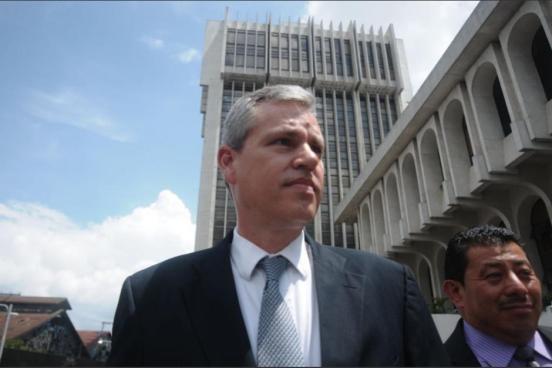 Capturan a diputado guatemalteco por crear plazas fantasmas