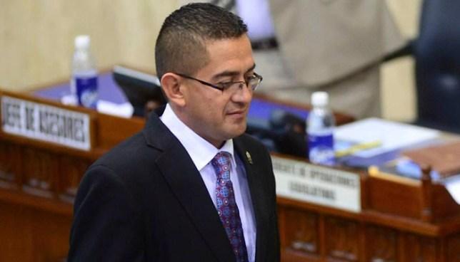 Fiscalía asegura que diputado Reynaldo Cardoza obtuvo 12 inmuebles de actividades ilícitas