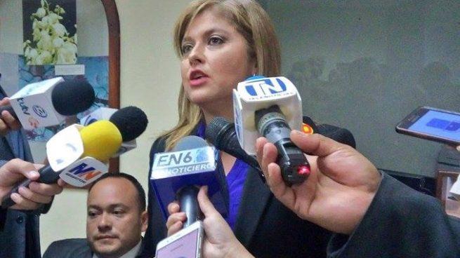 Diputados de ARENA solicitan eliminar fuero de funcionarios públicos
