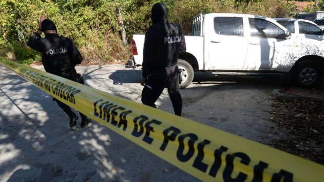 Muere pandillero que se escondía en una casa abandonada al enfrentarse a policías en San Miguel