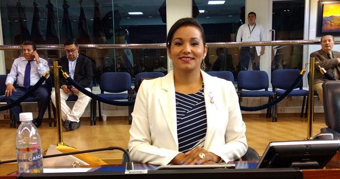 Cristina López fue contratada como asesora del diputado Raúl Beltrán Bonilla