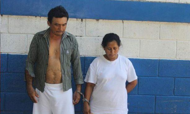 Policía captura a dos extorsionistas en Caluco, Sonsonate