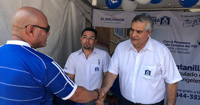 Salvadoreños en el exterior con mayor interés en adquirir viviendas en el país