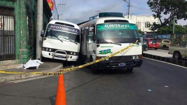 Motoristas peleaban vía y terminan matando a una persona en San Salvador