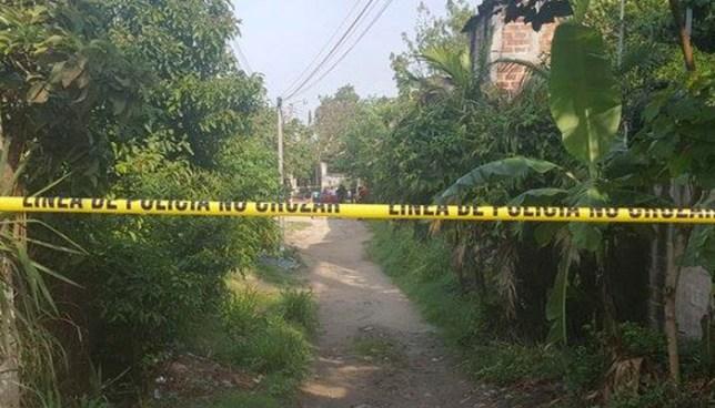 Mujer es asesinada a machetazos por su expareja en El Congo, Santa Ana