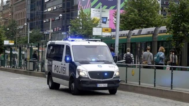Hombre acuchilló a varias personas en la ciudad de Turku, Finlandia