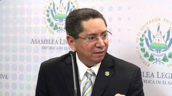"""""""Es una resistencia de grupos de poder al combate a la corrupción"""": Fiscal sobre situación en Guatemala"""