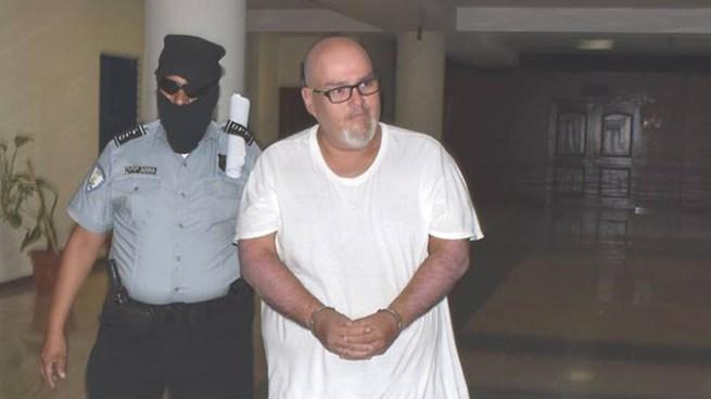Inicia audiencia contra el Gordo Max acusado de pagar por actos sexuales con menores