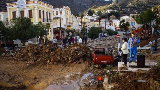 Al menos 15 fallecidos y varios desaparecidos tras inundaciones en Grecia