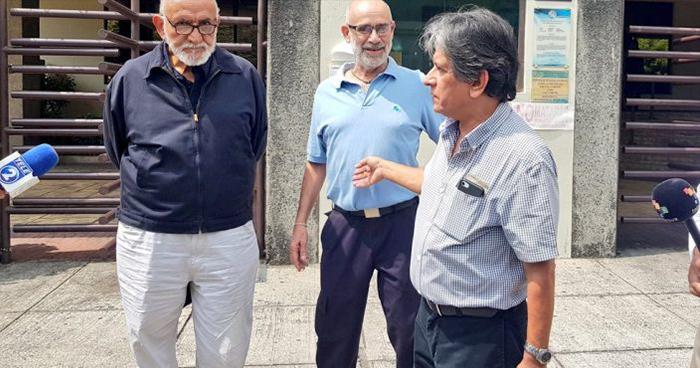 Familia del poeta Roque Dalton pide reabrir el caso de su asesinato
