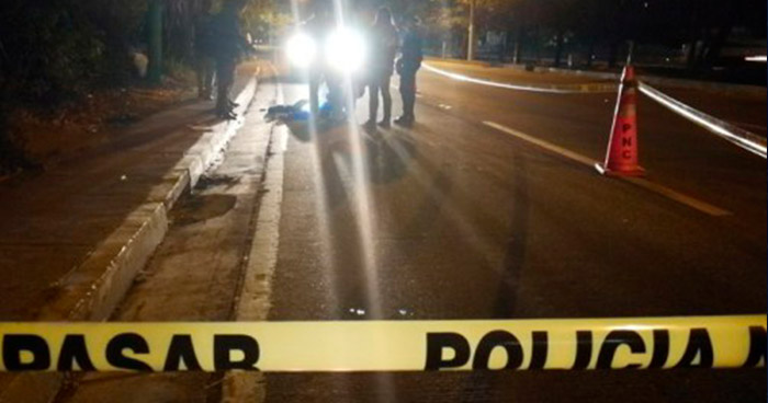 Ebrio consuetudinario muere atropellado por un vehículo en San Miguel