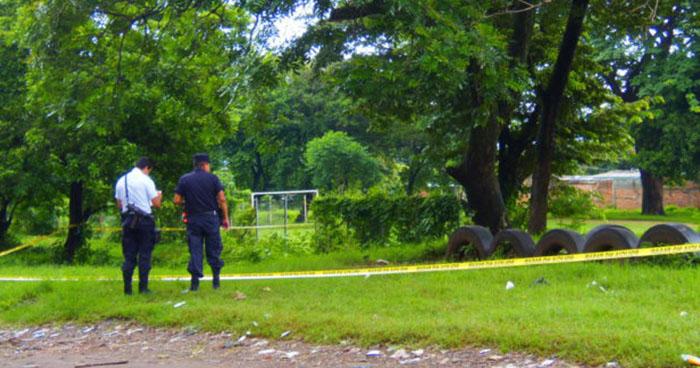 Pandilleros matan a joven cuando disputaba un partido de fútbol en Cuscatlán