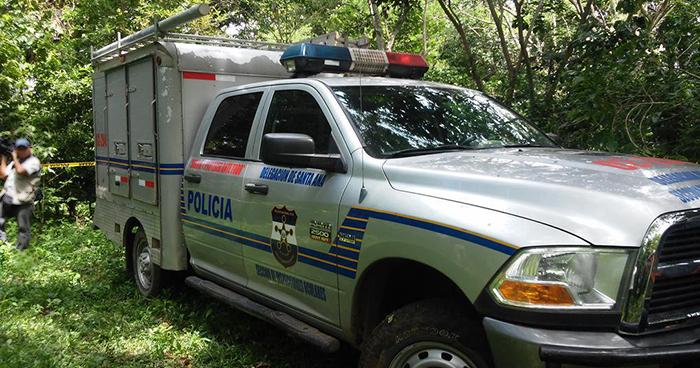 Mujer es asesinada cuando se encontraba en el baño de su casa en Santa Ana