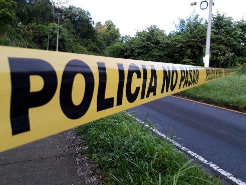 Persona asesinada con arma de fuego fue encontrada en calle a Huizucar