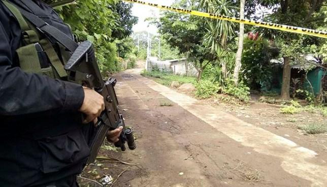 Matan a balazos a hombre frente al cementerio de Metapán