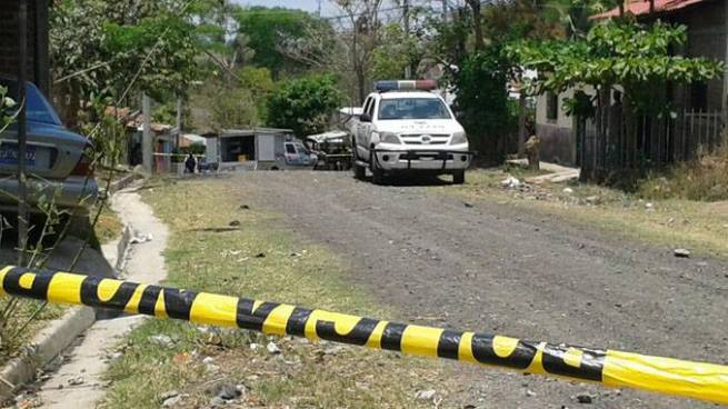 25 años de cárcel para pandilleros que mataron a instructor de la PNC en La Paz