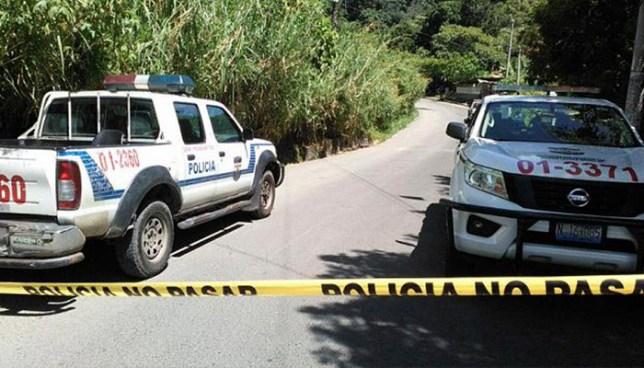 Pandilleros asesinan a hombre cerca de una cancha de fútbol en San José Villanueva
