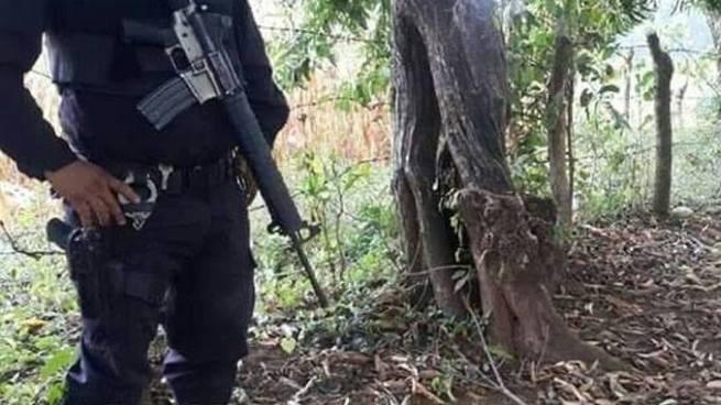 Encuentran muerto a un presunto pandillero al interior de una milpa en San Vicente