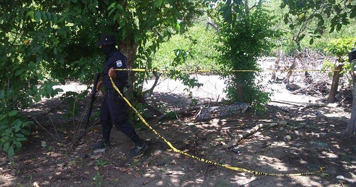 Criminales ejecutan a jornalero en el patio de su casa en el cantón Anchico de San Miguel