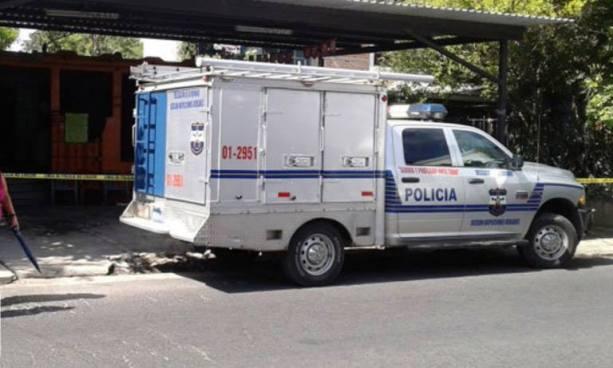 Matan a propietario y a un empleado de un taller de motos en Zacatecoluca