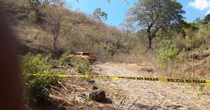 Asesinan a machetazos a un hombre en Teotepeque, La Libertad