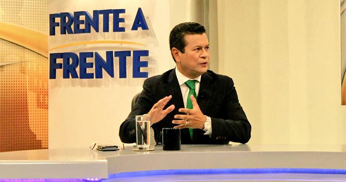 Hugo Martínez difiere postura con el presidente Sánchez Cerén sobre la crisis en Nicaragua