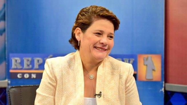 Jackeline Rivera promete construir sede de Ciudad Mujer en San Salvador