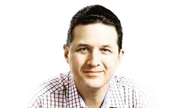 Juan Valiente aseguró que seguirá en ARENA