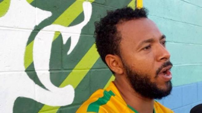Sancionan a jugador salvadoreño por critica en Twitter