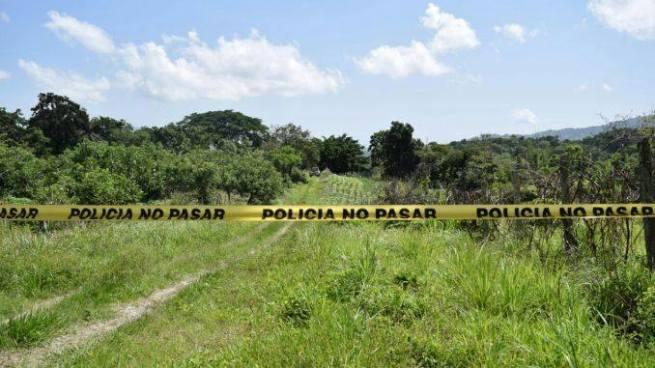 Delincuentes asesinan a padre e hijo en Zacatecoluca, La Paz