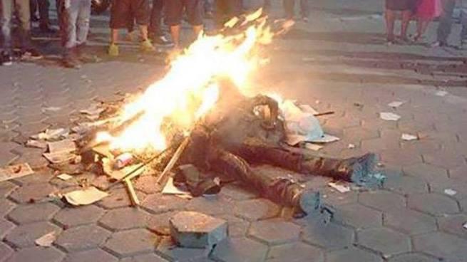 Ladrón muere tras ser linchado por los habitantes de Reyes Juárez, México