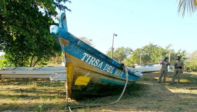 Localizan en Guatemala lancha donde desaparecieron tres pescadores del Puerto de La Libertad