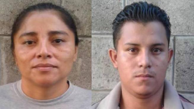 Capturan a madre e hijo por extorsión cerca de un centro comercial en San Salvador