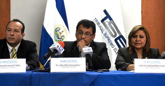 FMLN se desliga de la cancelación de Cambio Democrático