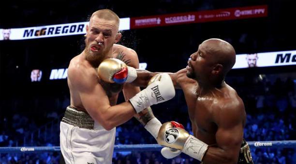 Mayweather derrota a McGregor por nocaut técnico en la pelea del siglo