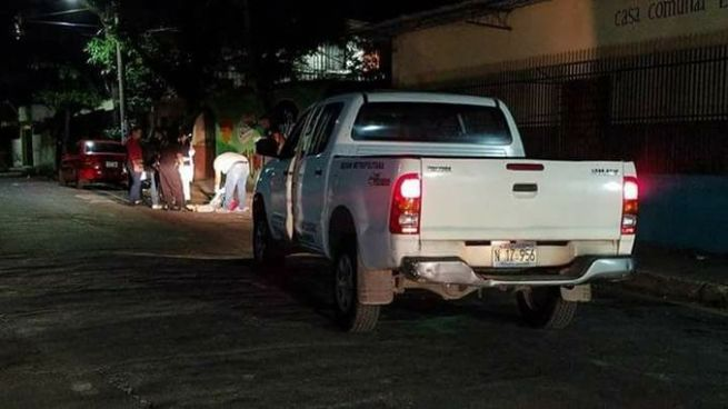 Encuentran cadáver envuelto en sabanas en el barrio San Miguelito de San Salvador