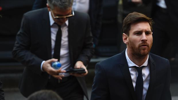 Messi contraataca y demanda a medio español ABC por supuesto daño a su imagen