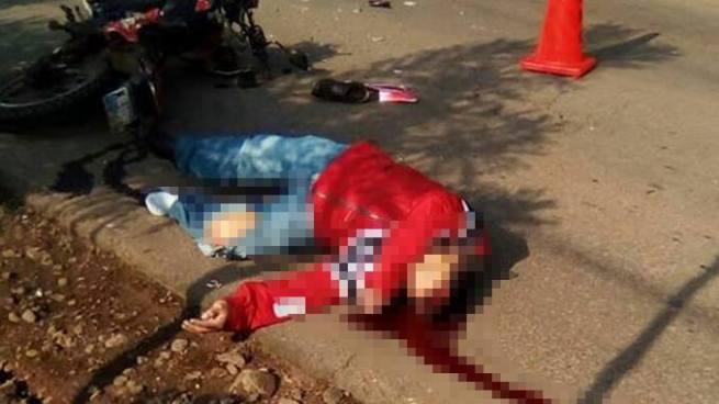 Motociclista pierde la vida tras chocar con un microbús en Sonsonate
