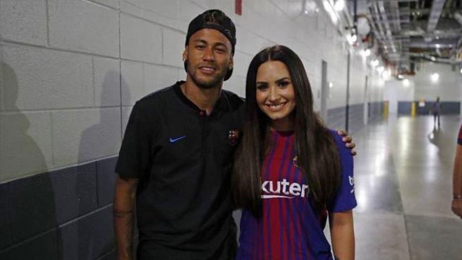 Neymar canta en Instagram el último éxito de Demi Lovato y le envía un beso
